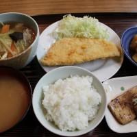 ビジネスホテル大泉夕食写真